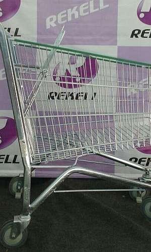 Carrinho aramado supermercado