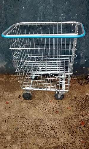 Carrinho de compras condomínio