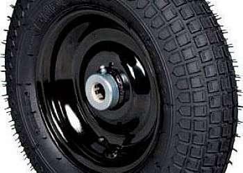 Carrinho de carga com pneu